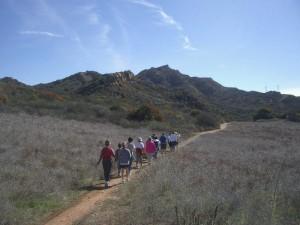 LR-oakbrook-vista-group-hike